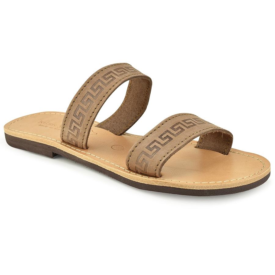 Δερμάτινη καφέ σαγιονάρα Tsakiris Sandals TS37