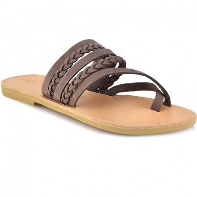 629a2670214 Δερμάτινη καφέ σαγιονάρα Tsakiris Sandals TS1025