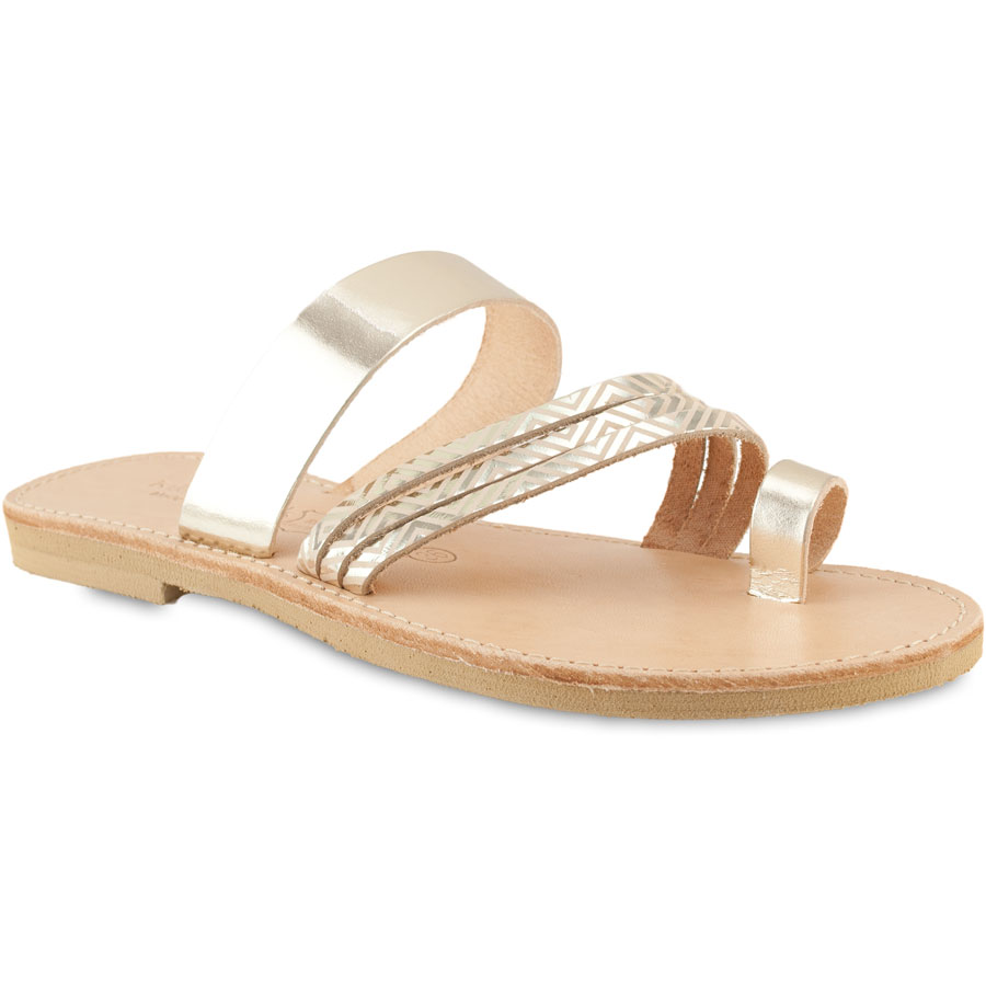 Δερμάτινη χρυσή σαγιονάρα με γραμμικό μοτίβο Tsakiris Sandals TS1007